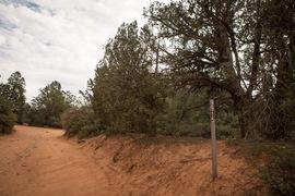 FS152 - Dry Creek Road - Waypoint 4: Devil's Bridge Hiking Trail