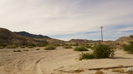 Mojave Road - Waypoint 3: Right/North