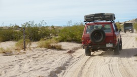Mojave Road - Waypoint 8: Straight Left/West to Balancing Rock