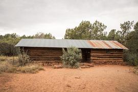 FS152 - Dry Creek Road - Waypoint 9: Van Deren Cabin Homestead
