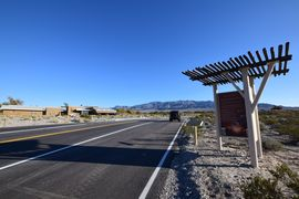 Mormon Well Road  - Waypoint 1: Trailhead