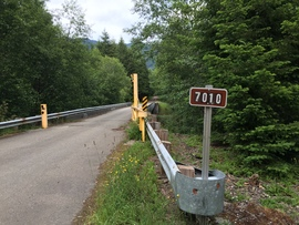Midnight Creek / NF Road 7010 - Waypoint 1: Road Start